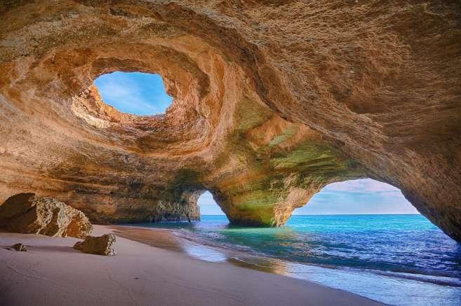 Ruta en coche por el Algarve. Gruta