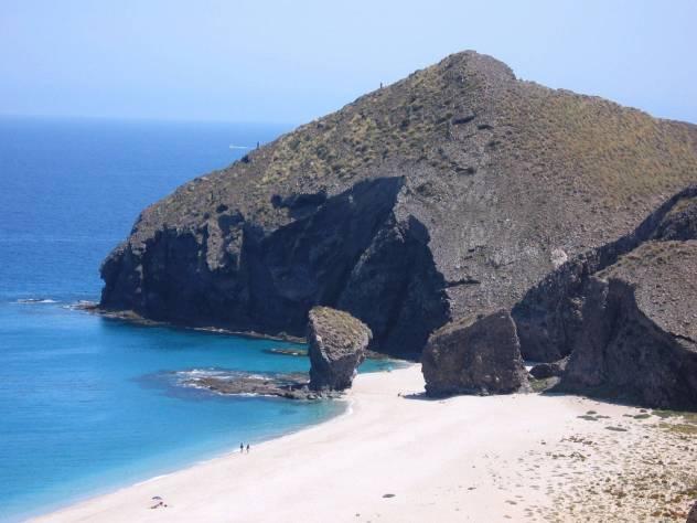 Las playas más famosas de almería_3
